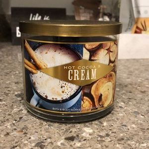 🆕 Hot Cocoa & Cream bath and body works candle